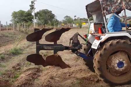 Pushpak Delux Reversible Plough